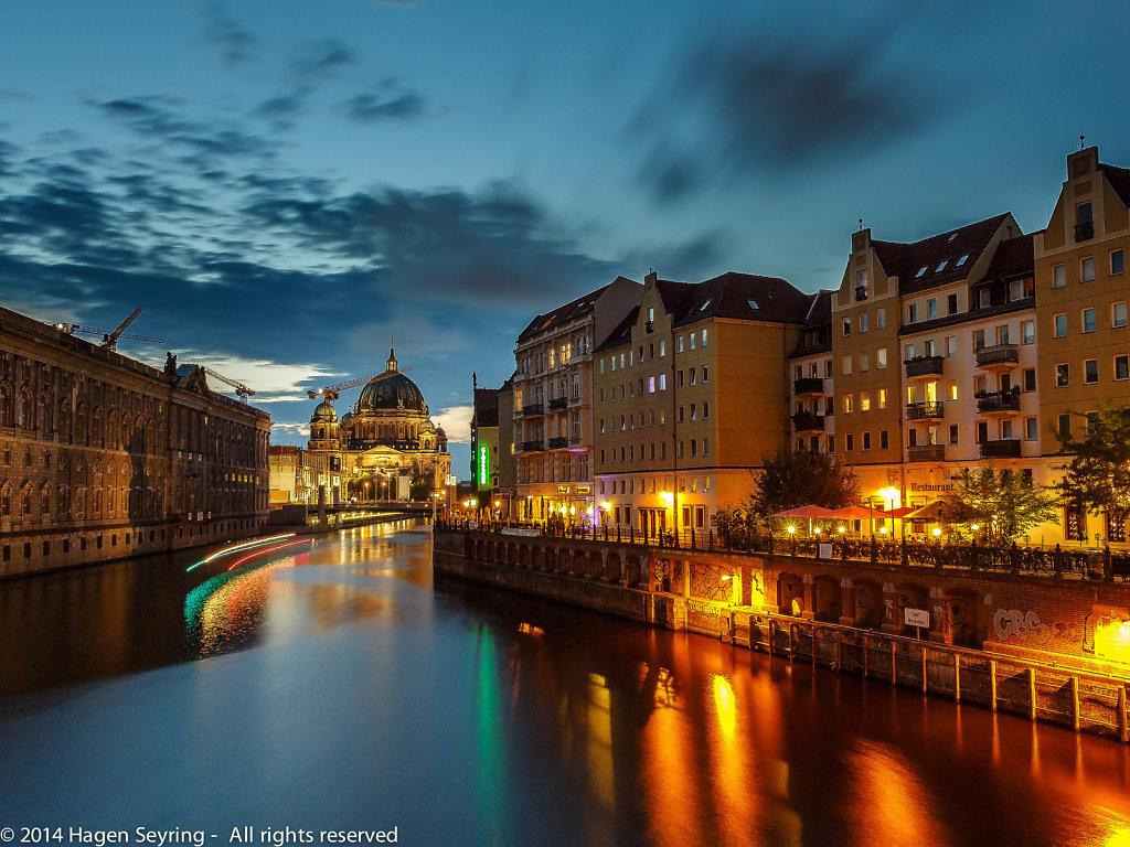 """""""Berliner Dom"""" in twilight"""