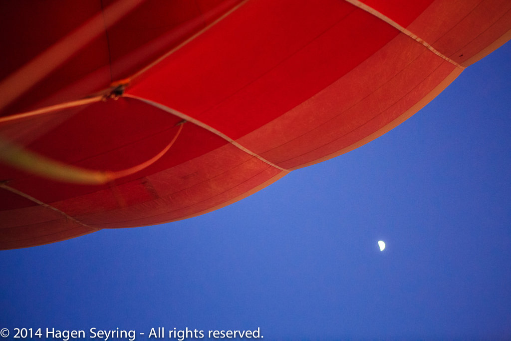 Moon beside the Balloon