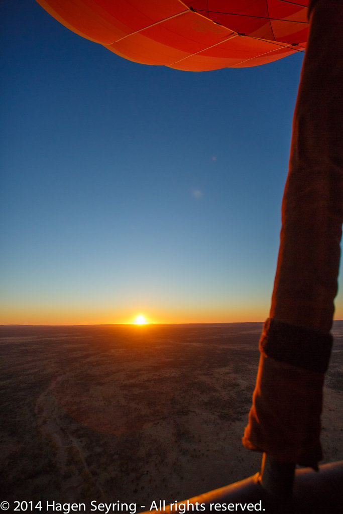 View at the rising sun from the balloon